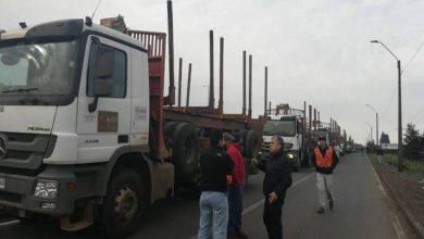 Photo of Camioneros cortan  Ruta 5 exigiendo mayor seguridad tras ataques incendiarios en La Araucania