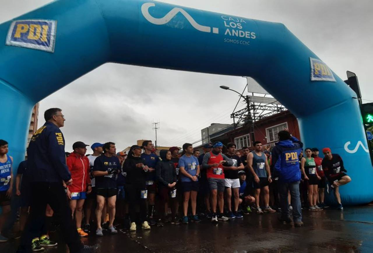 Photo of Más de 600 competidores participaron en la corrida PDI 2019 en Temuco