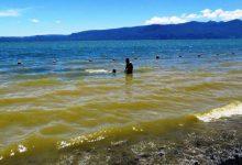 Photo of Autoridad Sanitaria afirma que las aguas del lago Villarrica «No son peligrosas» para la salud
