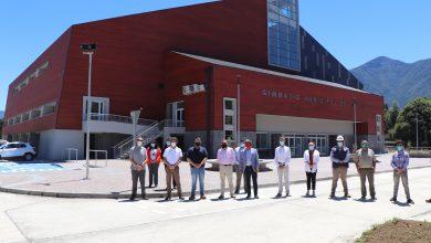 Photo of MOP Y Gobierno Regional entregan a explotación moderno  Gimnasio Polideportivo a Municipalidad de Pucón