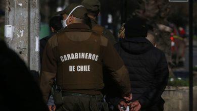 """Photo of En cuarentena: Carabineros detuvo a siete personas por """"carrete"""" al interior de una pizzería en Temuco"""