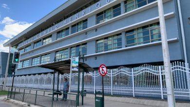 Photo of Corporación El Bosque afirma que siempre han estado dispuesto al diálogo y además buscan poner fin a la huelga de profesores del Liceo Camilo Henríquez