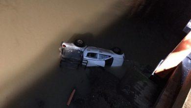 Photo of Camioneta cae del Puente Malleco en Angol
